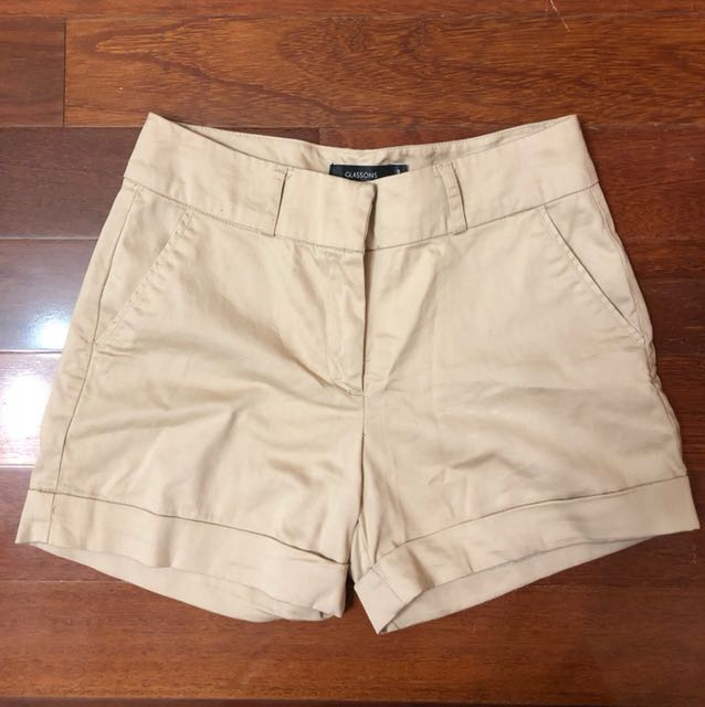 (AU 8) Glassons Beige shorts
