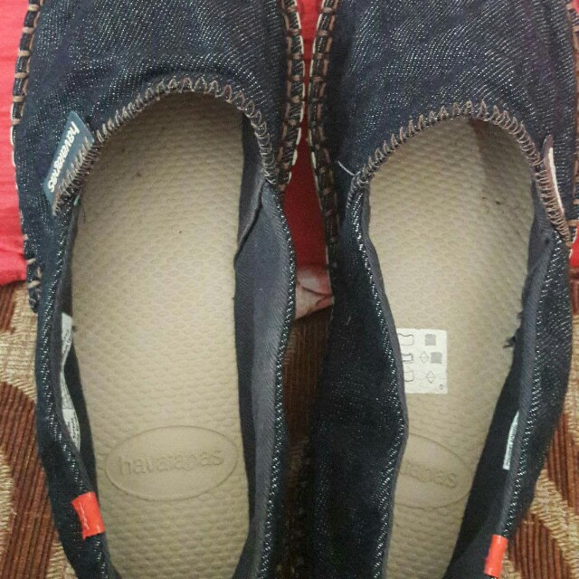 FREE SHIPPING! Authentic Havaianas Shoes