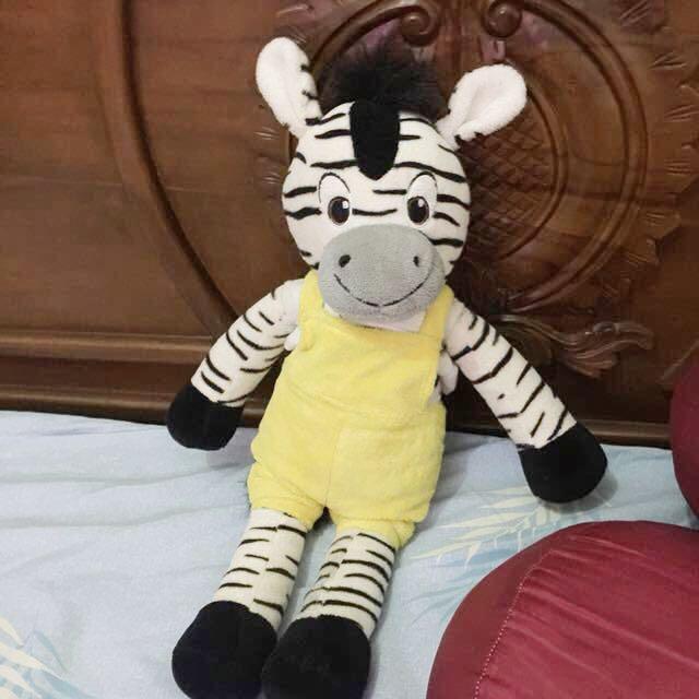 Boneka zebra