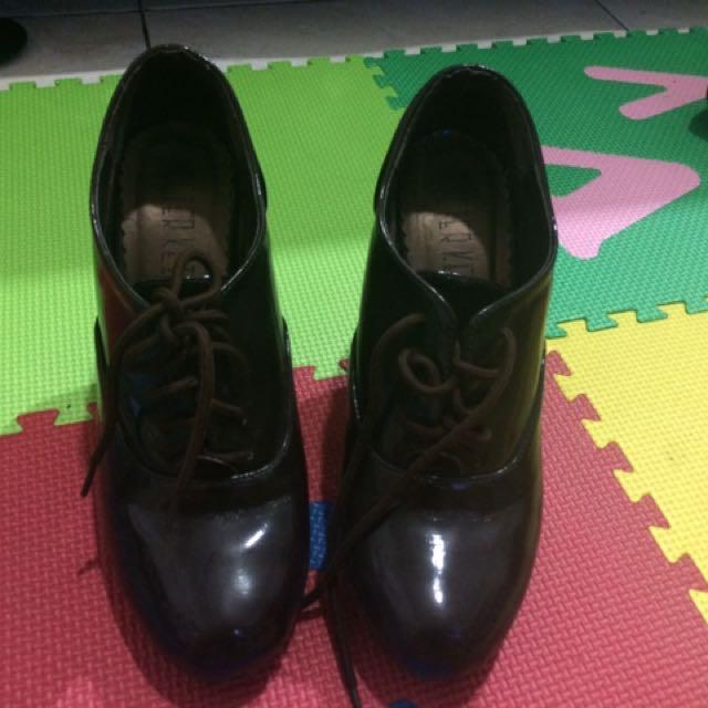 Booth Heels