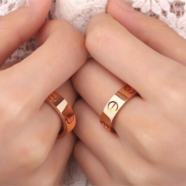 Cute rose gold screw ring love ring
