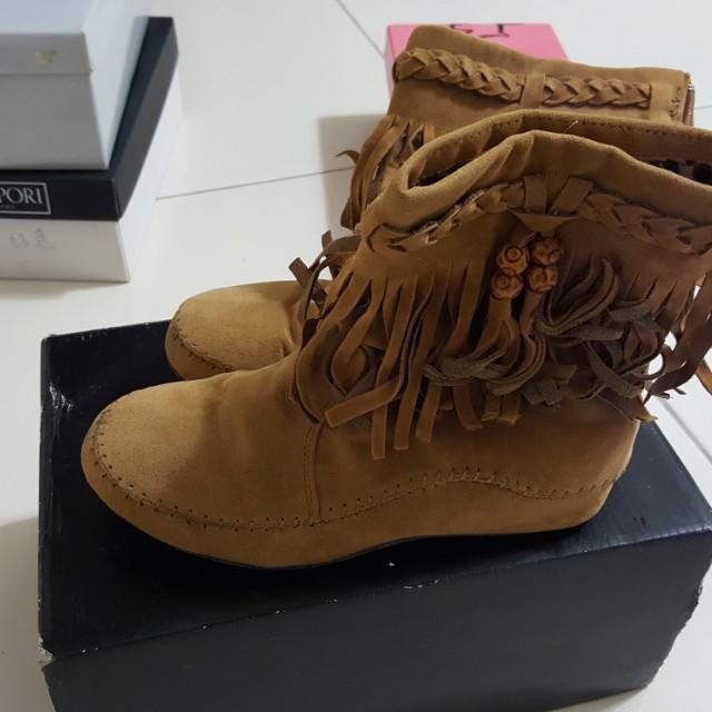 DooK棕色短靴