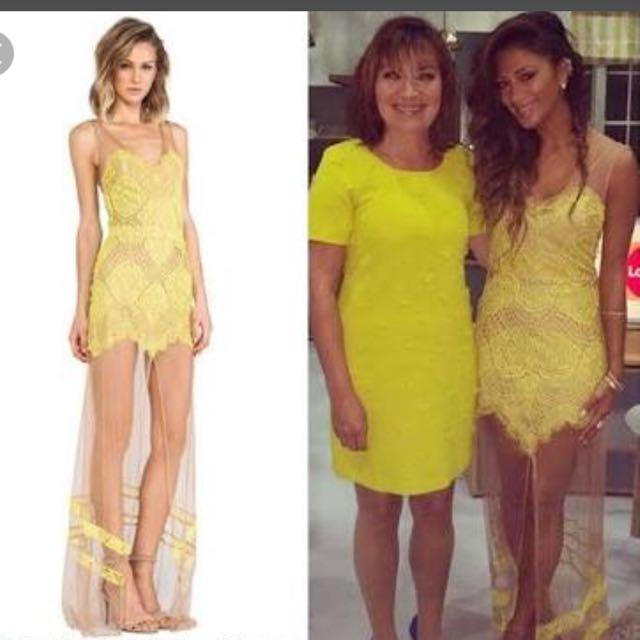 For love & lemon dress size xs
