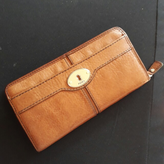 Fossil long zip leather wallet