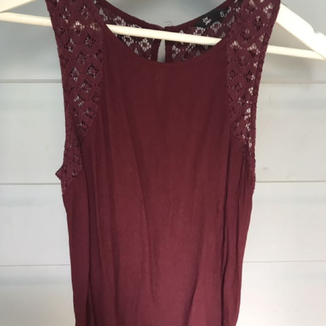 JAYJAYS burgundy top