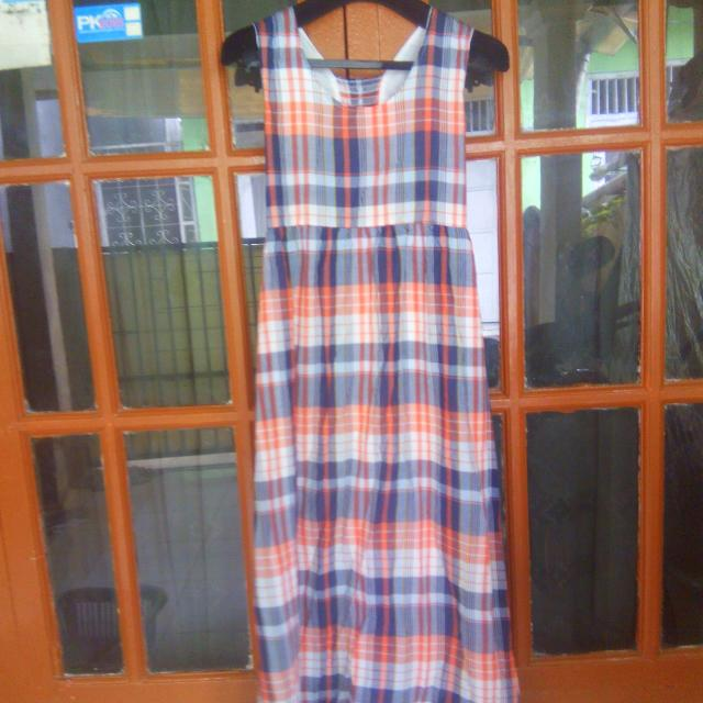 Long Dress .