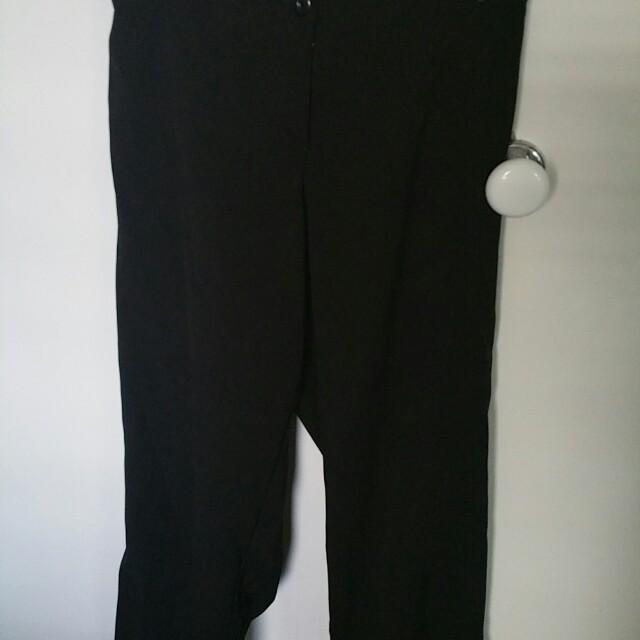 LOT OF 3 LADIES SIZE 20 SUMMER CLOTHES, SHIRT DRESS PANTS