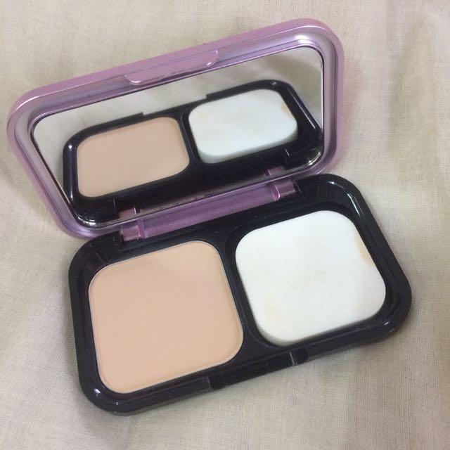 Maybelline compact