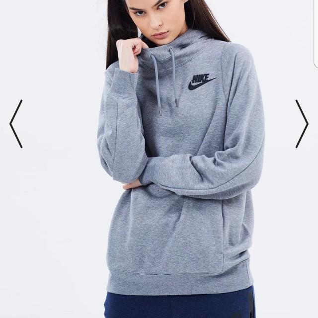 Nike jumper NWT