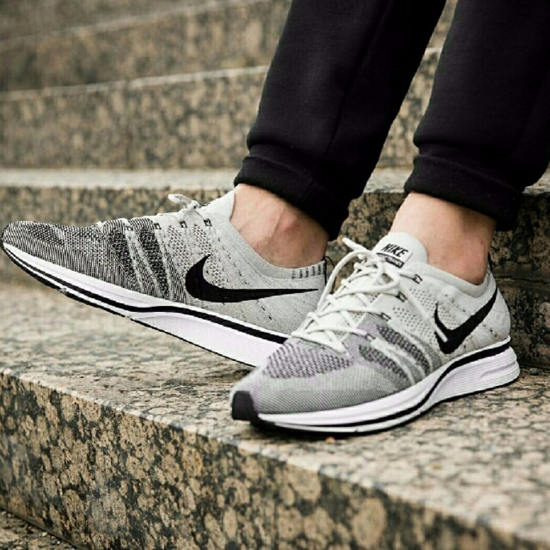 ee59fdffaa238a Sold out!) Nike Mens Flyknit Trainer Pale Grey