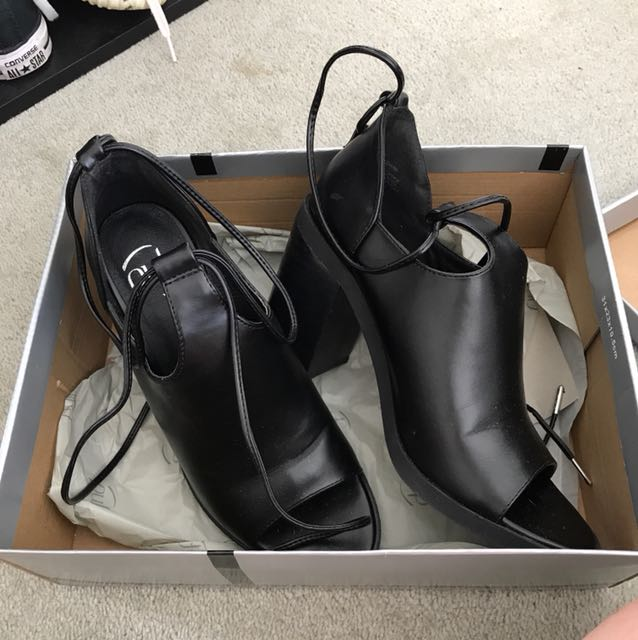 Pulp lace up heels