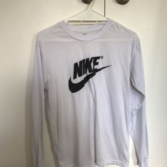 Replica Nike long sleeved top