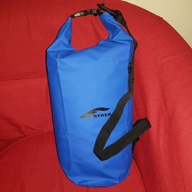 RYDER..DRY BAG 20L with carrying strap 71b439f44f1ad