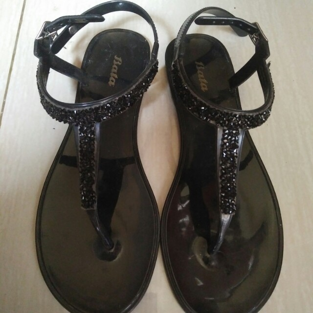 Sandal Bata Women S Fashion Women S Shoes On Carousell