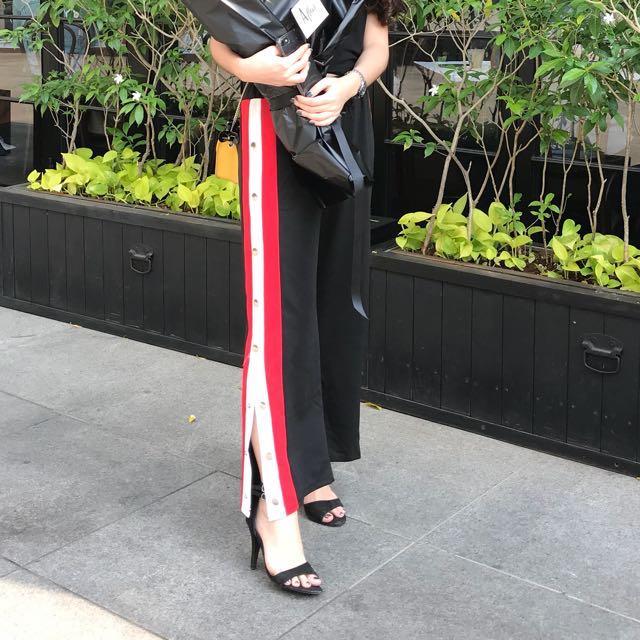 Side stripes pants