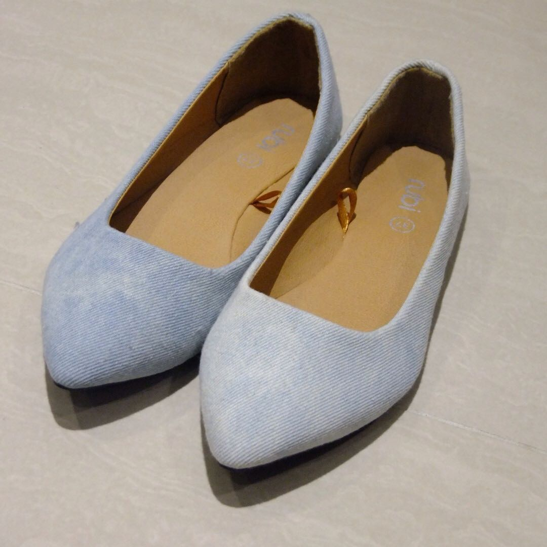 Sky Blue Pointed Ballet Flats