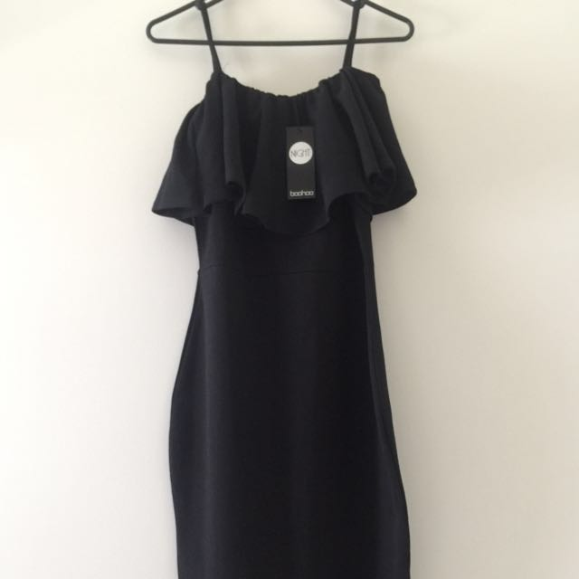 Strappy off the shoulder bodycon dress