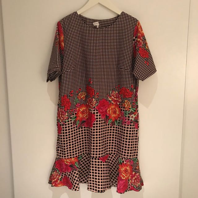 Summer pattern dress