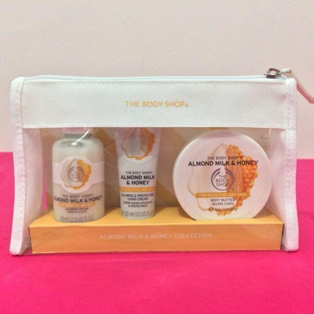 The Body Shop Almond Milk & Honey Gift Set