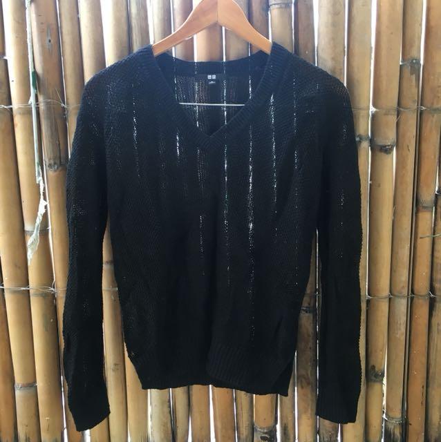 Uniqlo sweater/cover-up