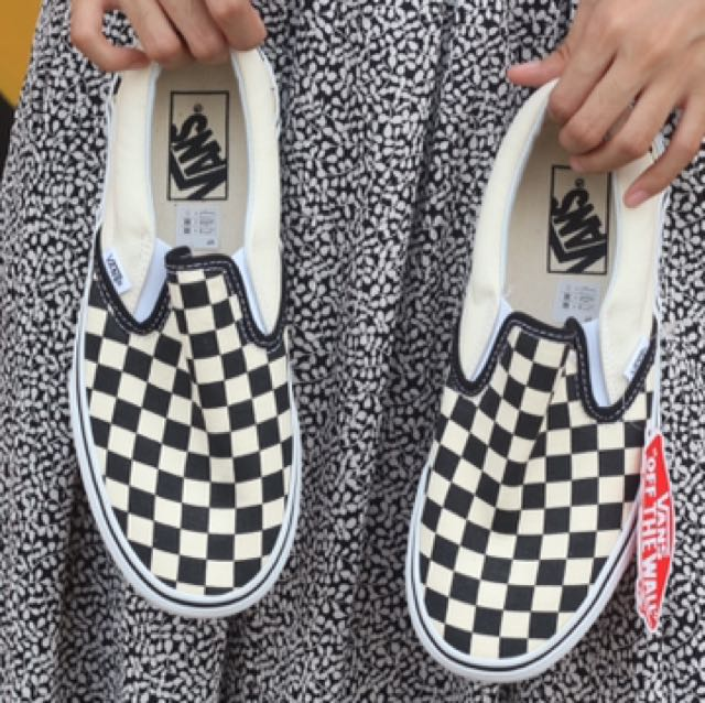 Vans slip on checkerboard classic bnibwt size 38,39,40,41