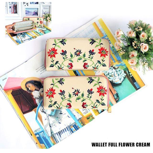 Wallet full flower cream