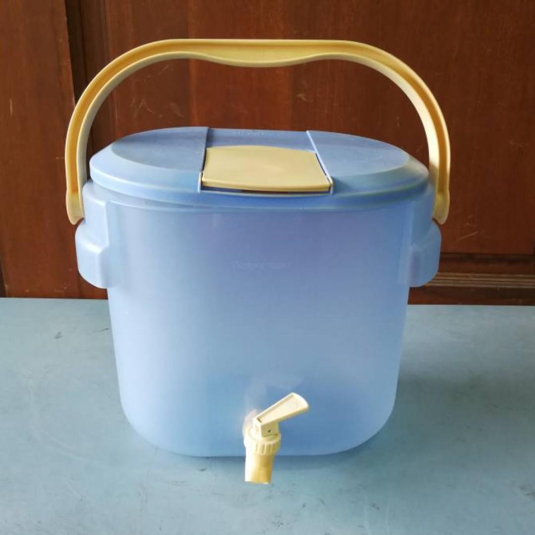 Water Dispenser Tupperware 8.7Liters 3315A-1 * 8-01 H, Kitchen ...