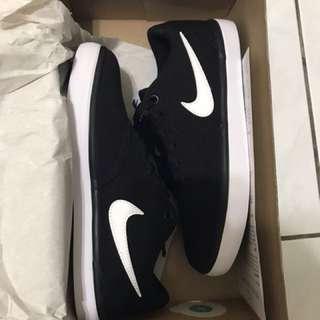 Nike sb 滑板鞋 女 23.5cm