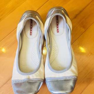 Prada 芭蕾舞鞋