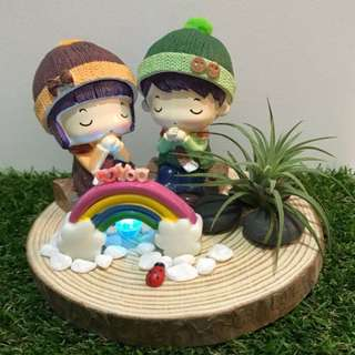 I Love You! Cute Little Couple with LED light Air Plant