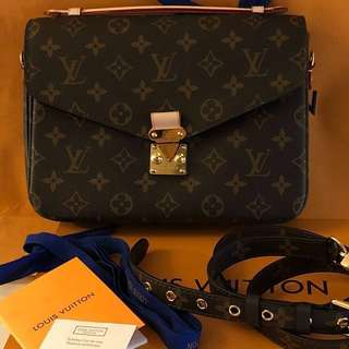 Authentic grade Louis Vuitton Metis Pochette Monogram