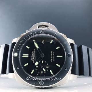 Pre owned Panerai Submersible Pam0389