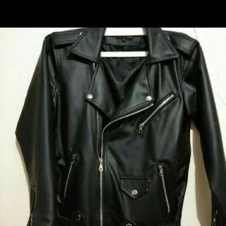 Jaket kulit/Leather jacket
