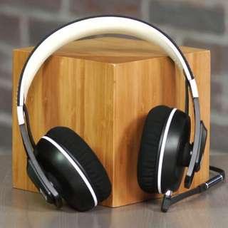 Sennheiser Urbanite XL Over-ear Headphone