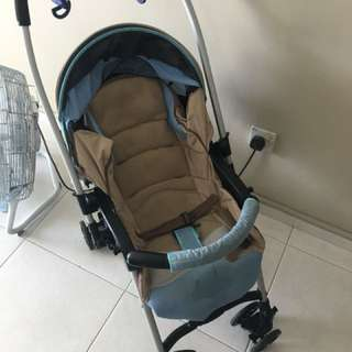 Combi Miracle Turn stroller - reduced price