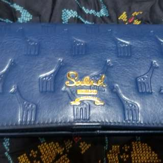 Salad long wallet blue