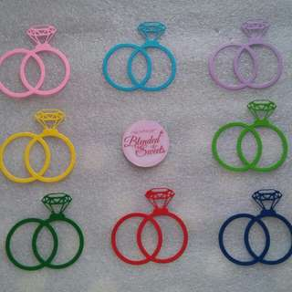 Couple Ring Diecuts