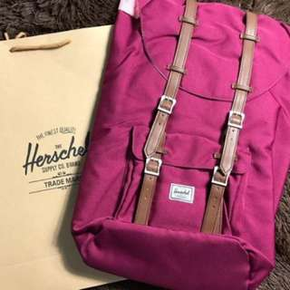 Herschel 23.5L - Authentic and Brandnew with tags and paper bag