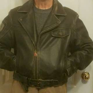 Men's Leather Motorcycle jacket-fits like Medium/large