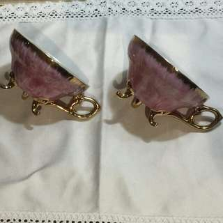 Bnew Pink pearlized footed teacups