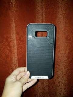Samsung s8+ versus case