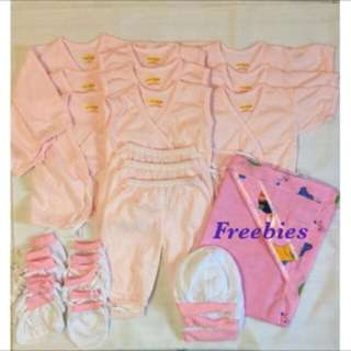 New born baby clothes colored pink