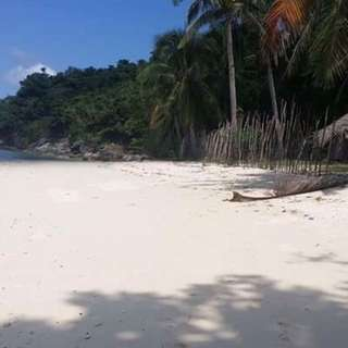 island white sand
