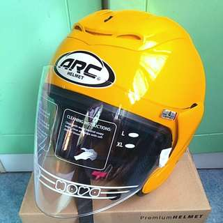 Arc Ritz Yellow