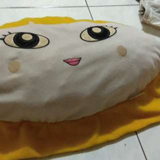 Bantal Power Puff Kuning