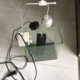 Complete aquarium set - tank, pump, led light
