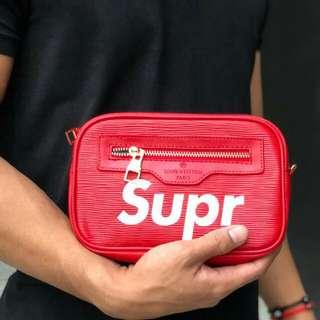 Promo supreme clutch / sling