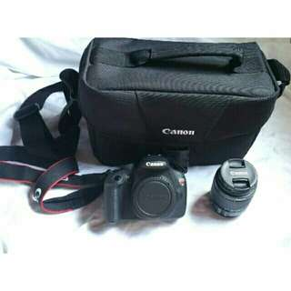 Canon Rebel T5 with bag and mem card