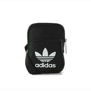 【正版】【二手】Adidas 肩背包