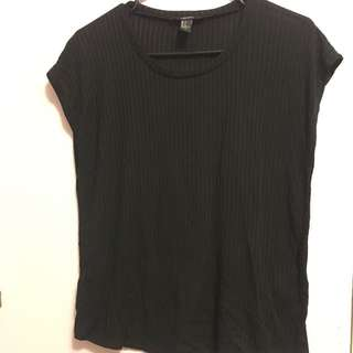 F21 Ribbed Black Tee